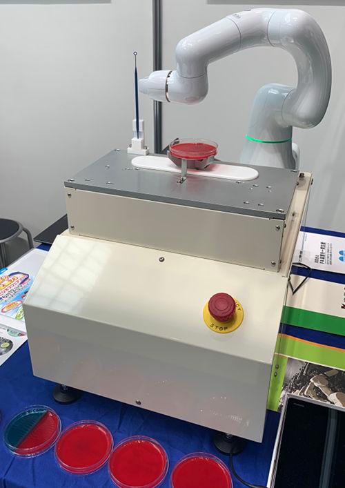 卓上型自動培養装置